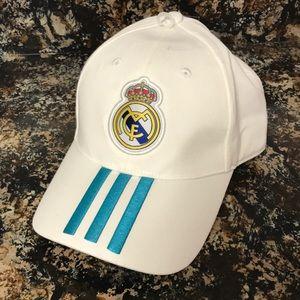 f6aec652359 adidas Accessories - Adidas Real Madrid 3 stripes Baseball cap white.